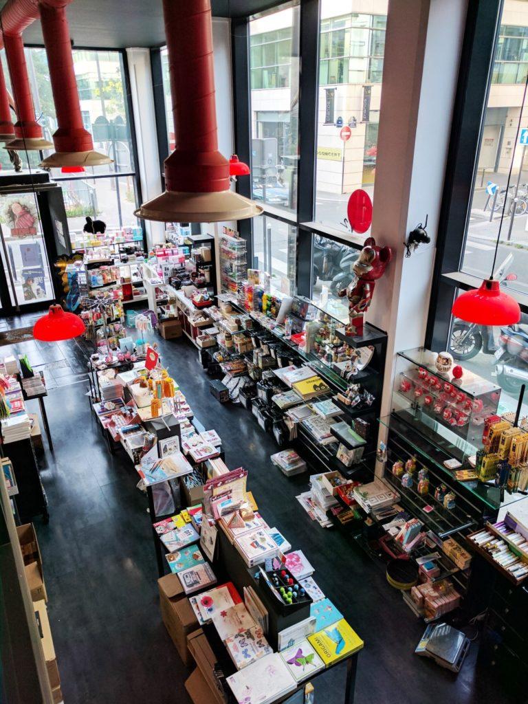 Manga Café V2 intérieur concept store vue de haut