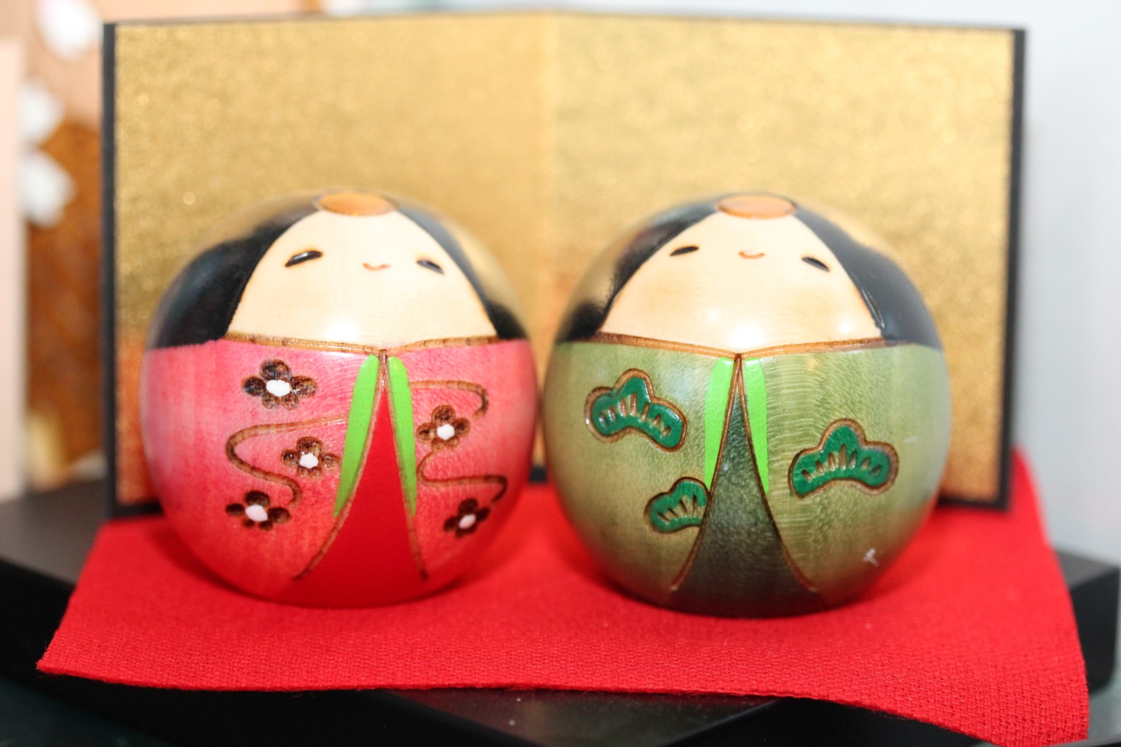 Poupée kokeshi boule