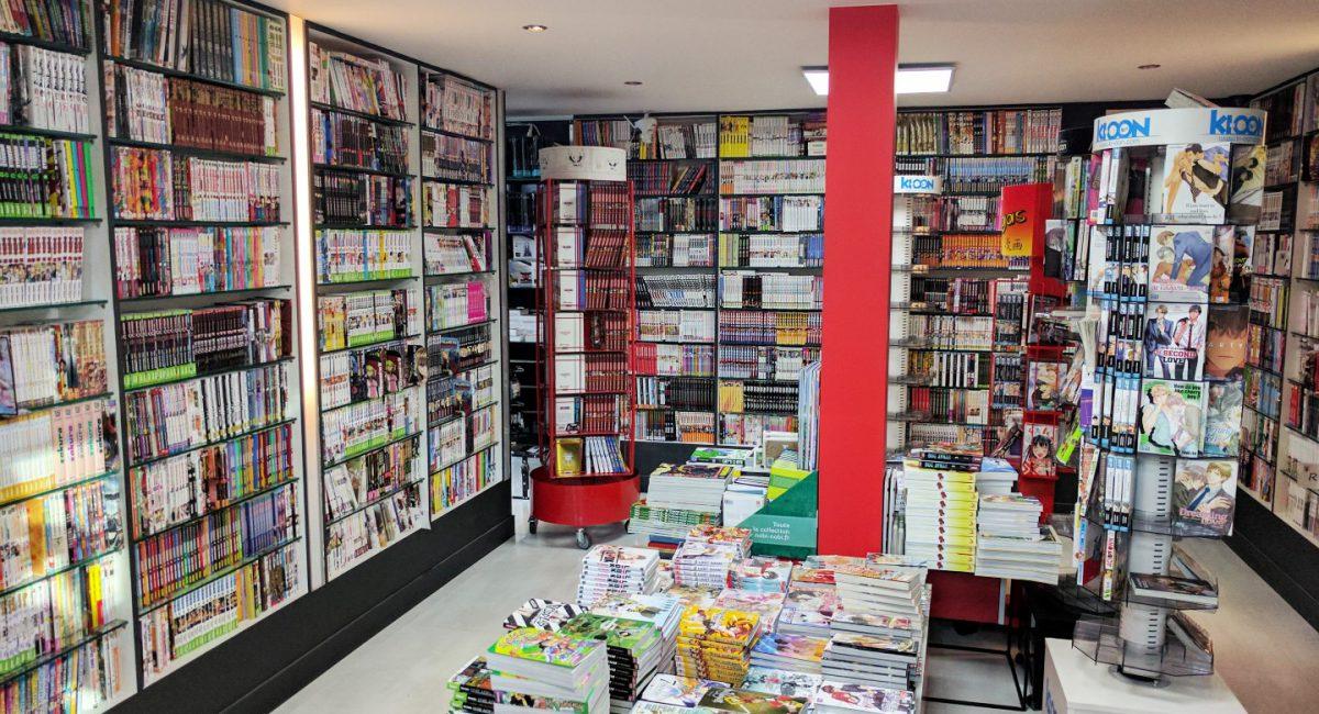 Manga Café V2 interieur RDC librairie